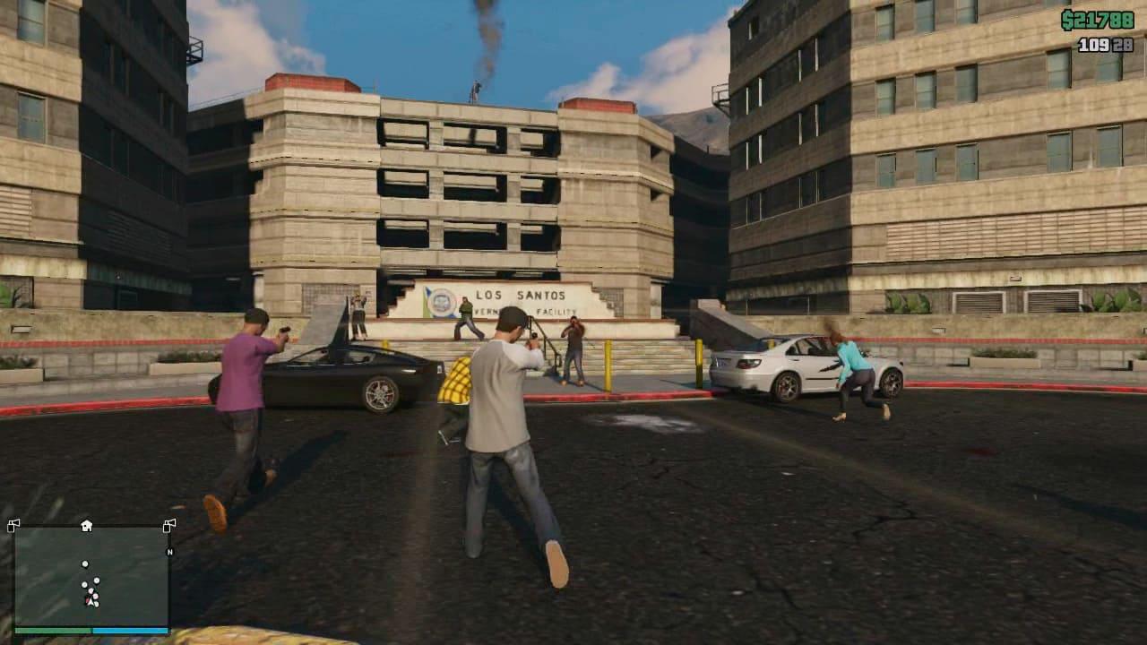 Screencaps from the GTA Online Gameplay Trailer - GTA 5 Cheats
