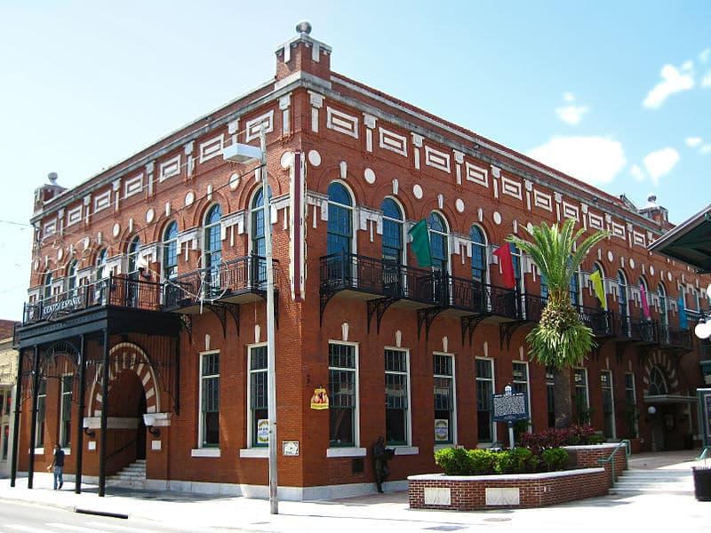 800px-Centro_Español_de_Tampa