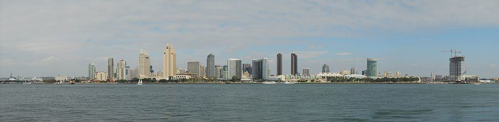 1024px-San_Diego_Skyline_Day_JD111107