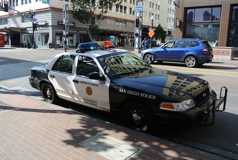800px-San_Diego_Police_Department_car