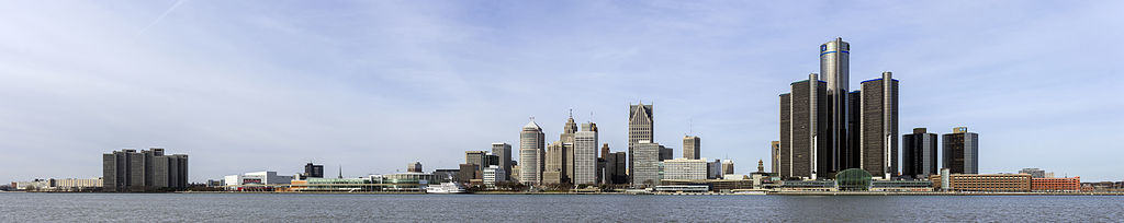 Skyline_of_Detroit,_Michigan_from_S_2014-12-07