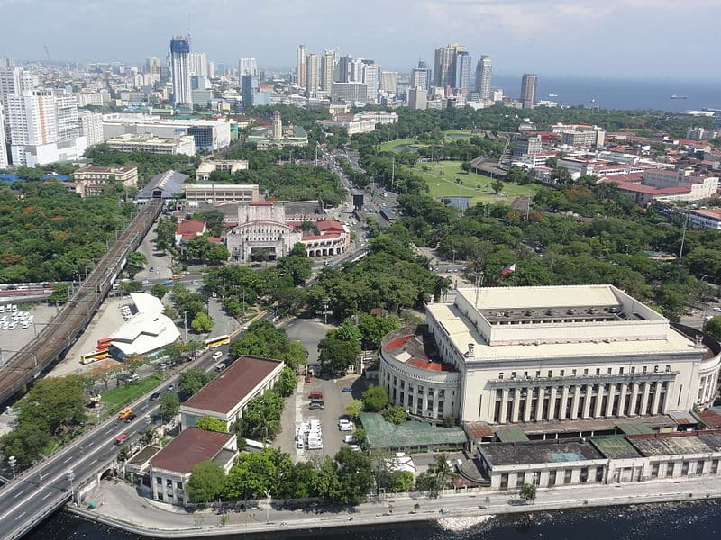 Pic_geo_photos_-_ph=mm=manila=ermita=padre_burgos_ave._-_aerial_shot_from_riverview_mansion_-philippines--2015-0624--ls-
