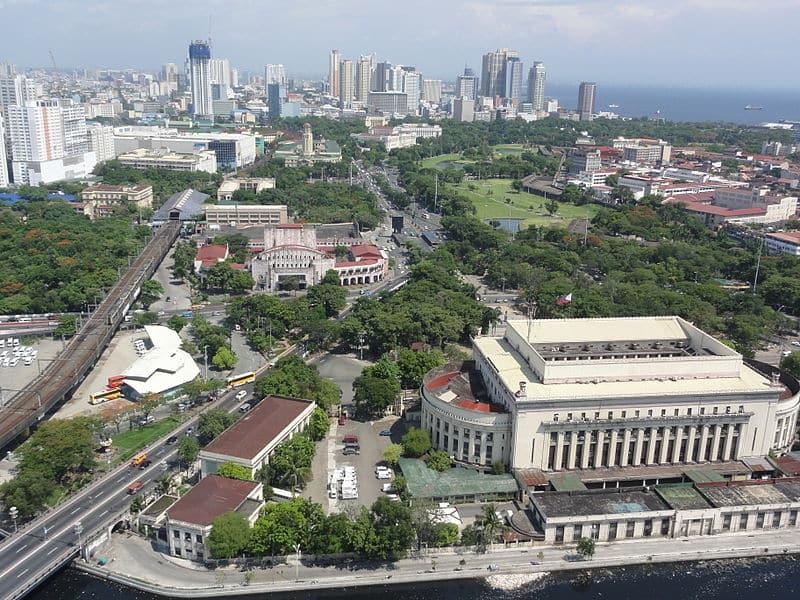 Pic_geo_photos_-_ph=mm=manila=ermita=padre_burgos_ave._-_aerial_shot_from_riverview_mansion_-philippines--2015-0624--ls-
