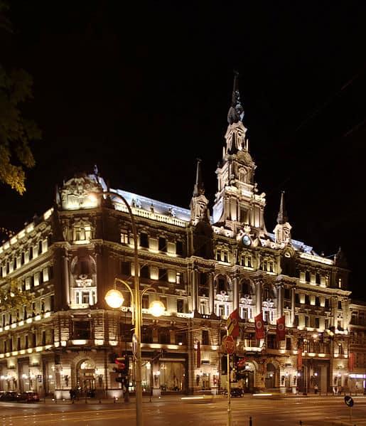 515px-budapest_hotel_boscolo_v_noci_ii