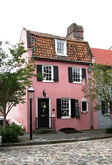 220px-pink-house-charleston-sc1
