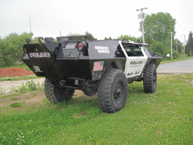 police_car_charlestown_usa_02